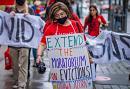 À Ottawa, des manifestants exigent une extension du moratoire sur les expulsions